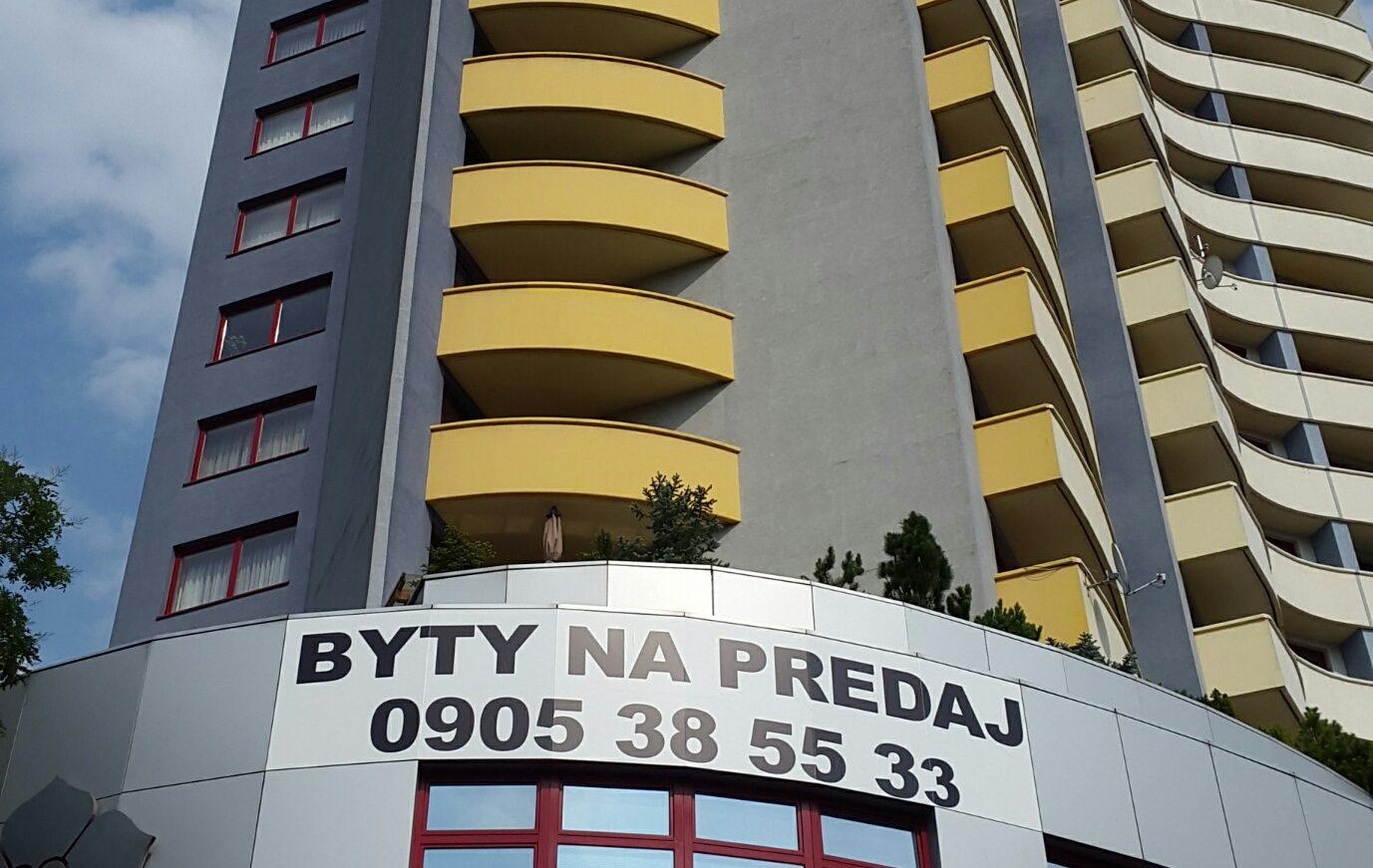 3 izbový apartmán v Ružinove 108m2 + 70m2 terasa